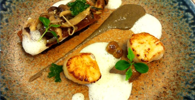 Pan Seared Tarbert Scallops with Sillfield Farm Black Pudding
